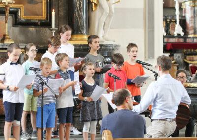 Musikalische Mitgestaltung des Gottesdienst durch den Kinderchor von Cham.